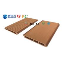 Habillage extérieur composé en plastique en bois de 158 * 20mm WPC
