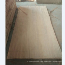 Técnicas de corte rotatorio y chapa de madera PLB cara natural