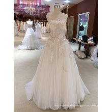 A Line Delicate Lace Strapless Wedding Dress