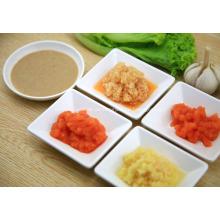 Gemüse Salat-Dressing kalt gekleidet und mit Sauce im Sommer