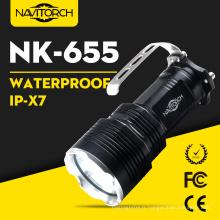860 Lumens Xm-L T6 LED imperméable à l'eau Ipx7 lampe de poche en aluminium rechargeable (NK-655)