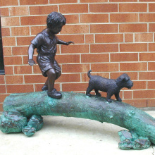 Outdoor-Gartendekoration Metall Lebensgröße Bronze Boy und Hund Statue