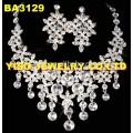 Conjunto de jóias de cristal elegante