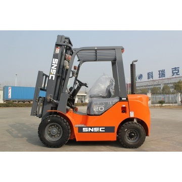 Counter Balance Forklift 2T Dengan Container Mast