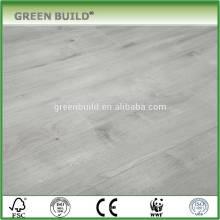 Revestimento de madeira laminado anti-risco cinza claro