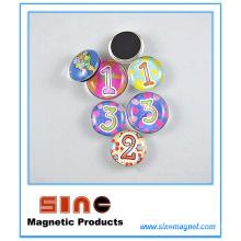 Différents styles innovants d'aimant de réfrigérateur en verre 3D