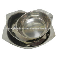Standing stainless salad bowl with high quality
