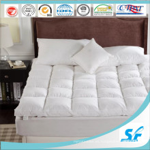 Cubo de algodón puro Cojín de ganso Cojín de colchón Topper de cama de poliéster