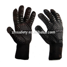 932F Cheap One Set Barbeque / Cooking Gloves