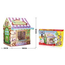 Los niños juegan juguete al aire libre de la tienda (h9224046)