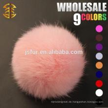 2015 Nettes Großhandelshut-Zusatz-echtes 6-11cm Kaninchen-natürliches oder buntes Pom Pom Pelz-Ball