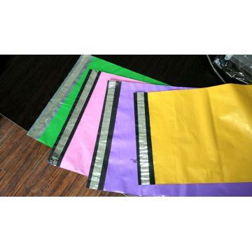 Sac postal postal d'emballage coloré approprié d'inventaire avec le grain argenté de bloc