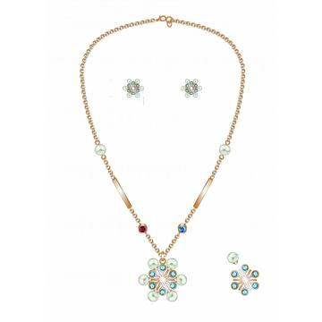 Snowflake Pearl Necklace and Earrings Set