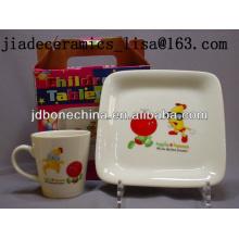 Plato y tazas del cuadrado del plato de fruta del diseño de la historieta de la venta caliente respetuosa del medio ambiente de los niños