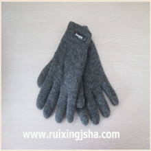 plain color knitted wool gloves with isolating lining