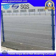 Clôture de sécurité en treillis soudé recouvert de PVC avec poste
