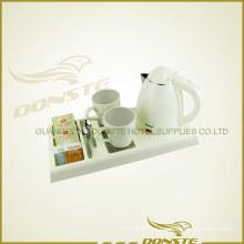 Белый двухэтажный водонагреватель