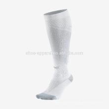 Meias de desporto de compressão progressiva de homens de alta qualidade executando meias