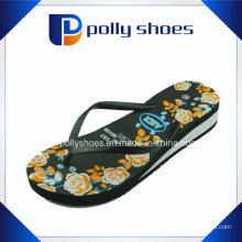 Sandales à talons compensés et à talons compensés noirs 10