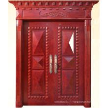 Double porte de style classique avec sculpture