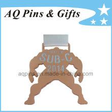 Medalla de cobre con cinta blanca