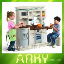 Brinquedo plástico dos miúdos - cozinha