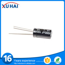 Pequeño tamaño de larga vida 100UF 25V condensador electrolítico