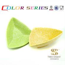 Articles ménagers de la Chine en ensemble de bol de sushi triangle plaqué or