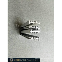Perfis de alumínio através do processo de processamento profundo