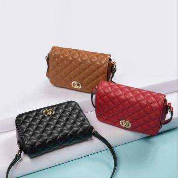 bolsa clássica de couro para senhoras