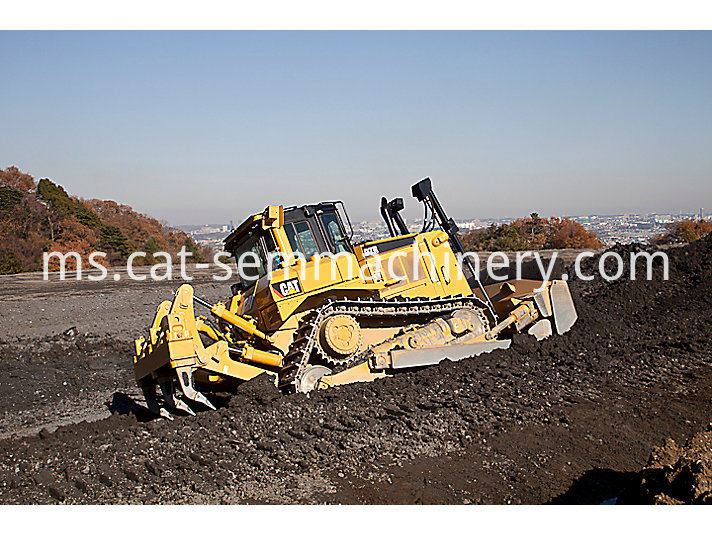 Cat D7R crawler bulldozer