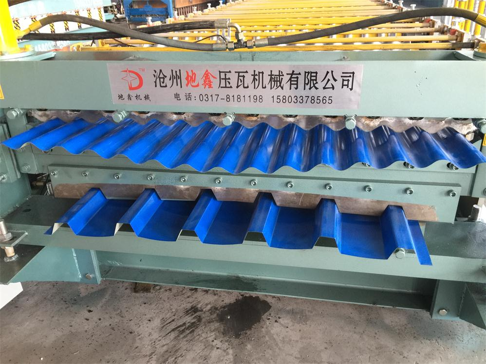 Trapezoidal and corrugated sheet roll forming machine