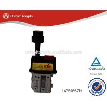 Original Sinotruk Howo truck hydraulic manual control valve, lifting valve 14750667H