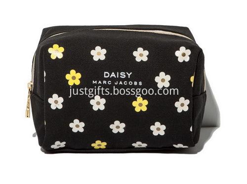 Custom Zippered Canvas Cosmetic Bags Bulk (4)