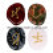 Piedras preciosas de piedra semi preciosa tallando signo de la figura rebanadas