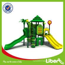 Aire de jeux pour enfants extérieurs nouvellement conçue avec plusieurs séries de diapositives Woods LE.SL.001