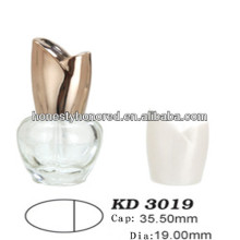 Ellipsoid Nail Polish Flasche Und Golden Rose Cap