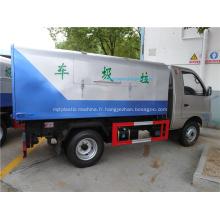 Nouveau camion à ordures avec chargeur arrière mini style 4x2