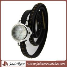 Alloy Case Watch Woman Watch Bracelet Watch (RA1163)