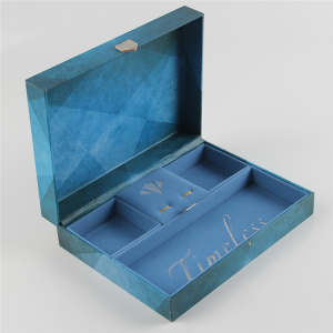 Luxury Velvet Lined Display Gift Box Perhiasan