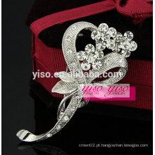 Broche de arco de cristal floral vintage