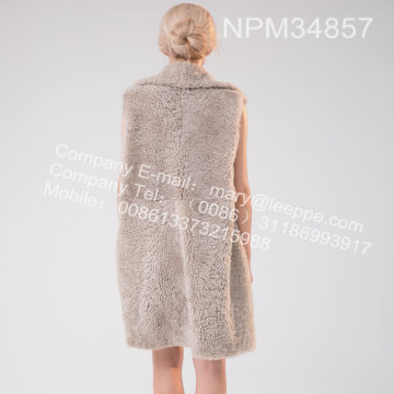 Gilet in pelliccia di agnello islandese per Lady Winter