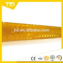 yellow reflective sheeting