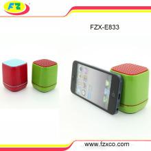 Mini haut-parleur portatif de mini Bluetooth d'enfants, haut-parleur sans fil de dossier de Bluetooth