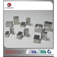 Алнико-магнитный блок для микродинамики