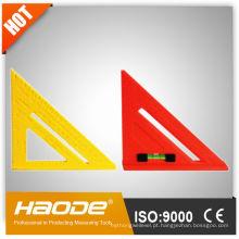 Régua de plástico triangular