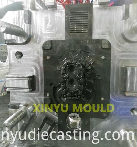 engine clutch rear cover die
