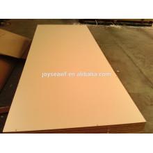 1830 * 3660mm E0 / E1 / E2 Feuchtigkeit 5% -10% Spanplatte