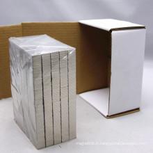 L20101 Super-mince rectangle aimant dans l'emballage de boîte