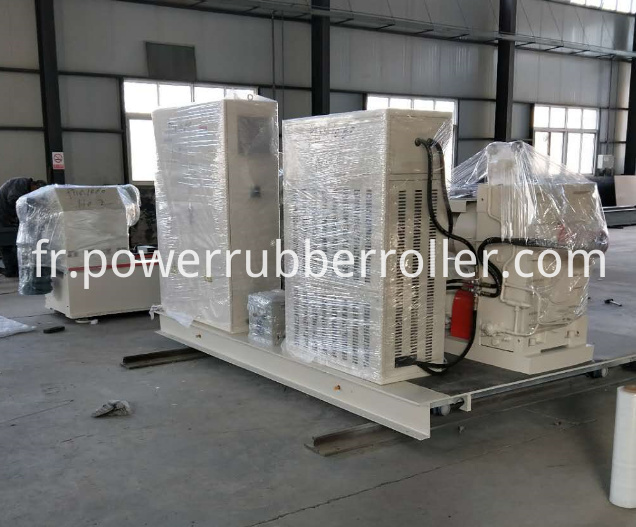 PU Rubber Roller Polishing Machine